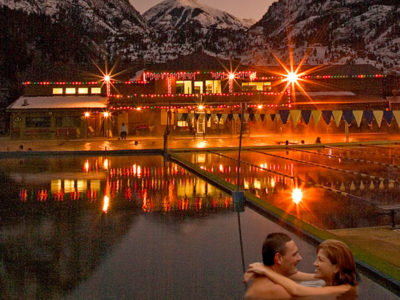 romantic couple in the ouray hot springs pool